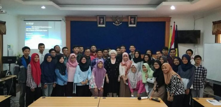 Kuliah Tamu Prof. Sue Mckemmish from Monash University