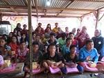 Pengmas 2018 dengan Tema Pelatihan Jualan online untuk Peningkatan Ekonomi Masyarakat Pemulung di Kawasan Pemakaman Rangkah Surabaya