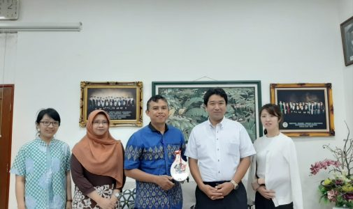 Kerja Sama Sistem Informasi UNAIR dengan Marimo Jepang untuk Program Ketenagakerjaan